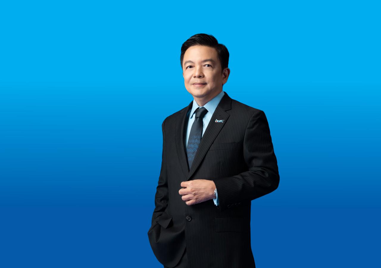 ดร. คงกระพัน อินทรแจ้ง ประธานเจ้าหน้าที่บริหาร บริษัท พีทีที โกลบอล เคมิคอล จำกัด (มหาชน) หรือ GC