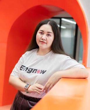 คุณไอซ์ นางสาวจิดาภา อนุพันธ์ Marketing Director สถาบันสอนภาษาอังกฤษออนไลน์ Engnow