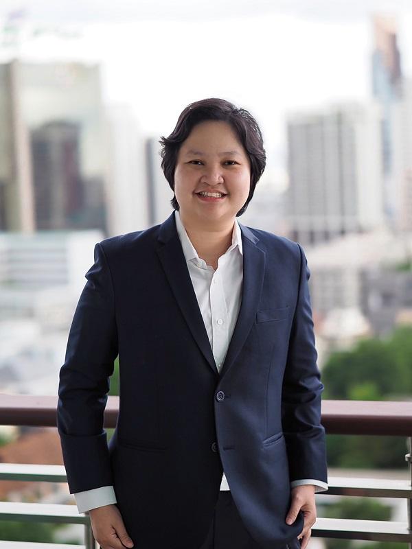 นางสาวพรรัตน์ มณีรัตนะพรผู้ช่วยกรรมการผู้จัดการและผู้อำนวยการฝ่ายขาย บริษัท แลนดี้ โฮม (ประเทศไทย) จำกัด